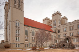 institutional-marymount-chapel